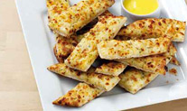 Garlic_Cheese_Sticks_Sauce_1_2014